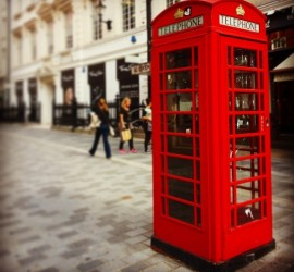 Day 26 - Walking through the streets I realised that I can't forget red telephone cabin #london #redtelephonecabin #red #walking #shopping #streets